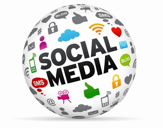 Annonce publicitaire sur Twitter et Facebook